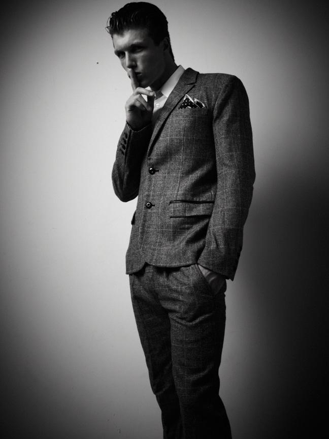 Jonathan Davis by Jason Mickle – Fashionably Male  Jonathan Davis ...