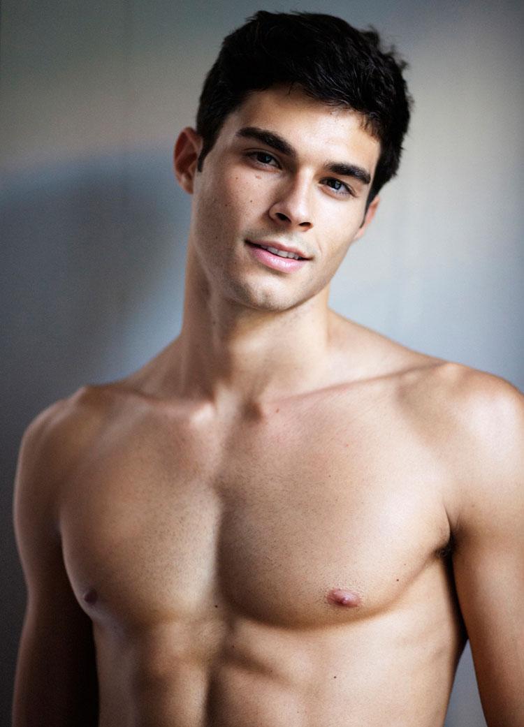 from Maximo naked pedro gay
