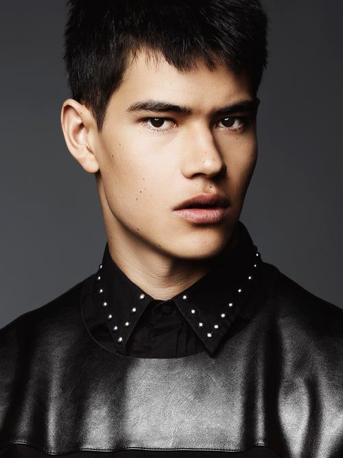 SIMON THAM by W. LORDS8