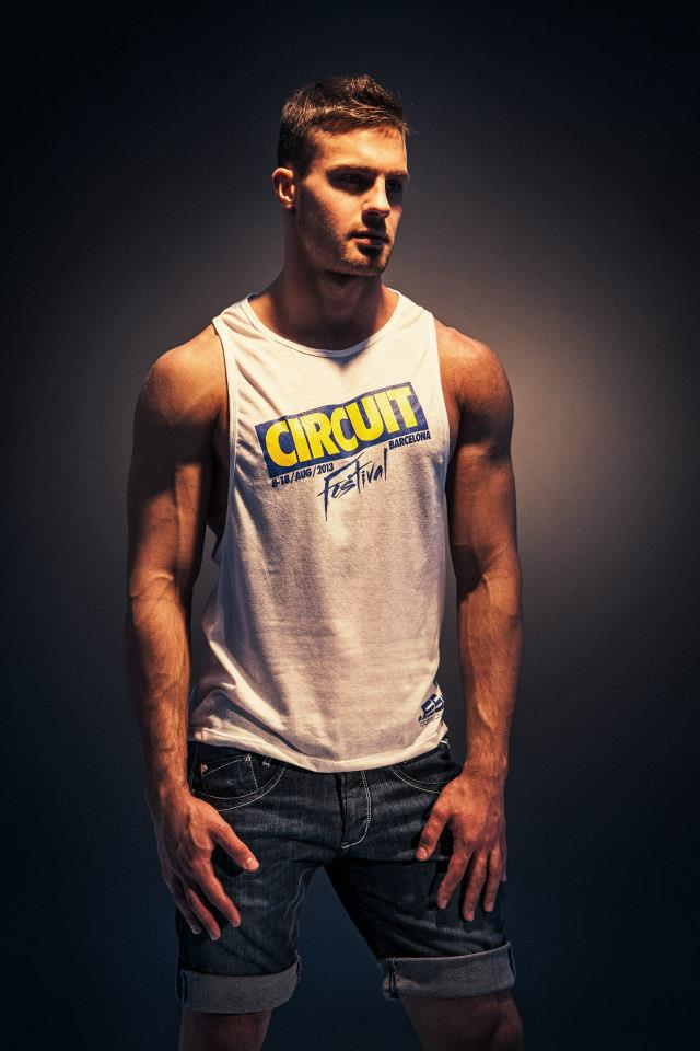 Kirill-Dowidoff-in-ES-Collection-for-Circuit-Barcelona-Festival-2013-01