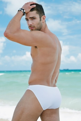 Adam-Ayash-for-Undergear-2013-06