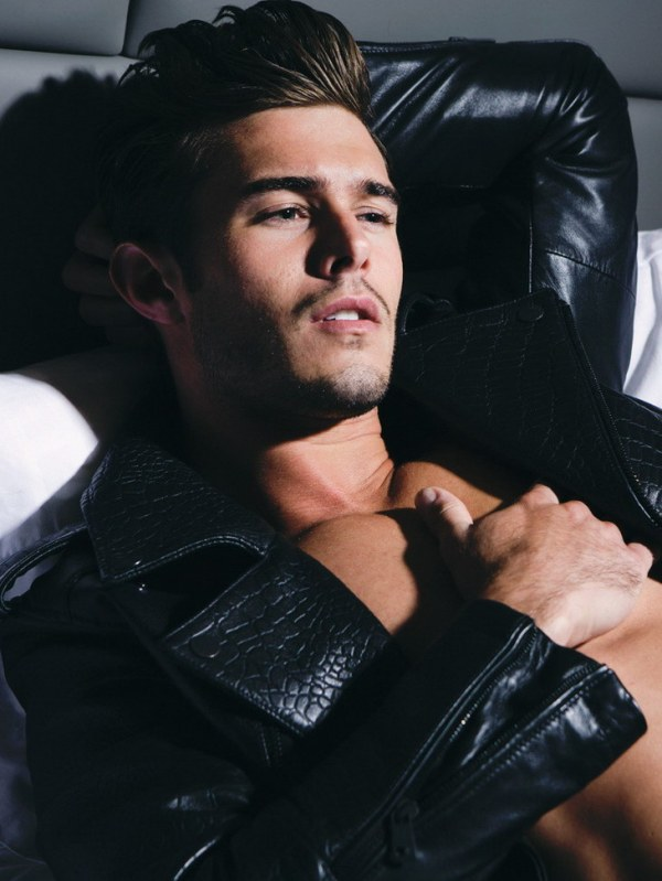 Alex-Prange-by-Photographer-Christian-Rios-05