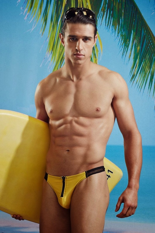Joe-LoCicero-For-Undergear-2014-16