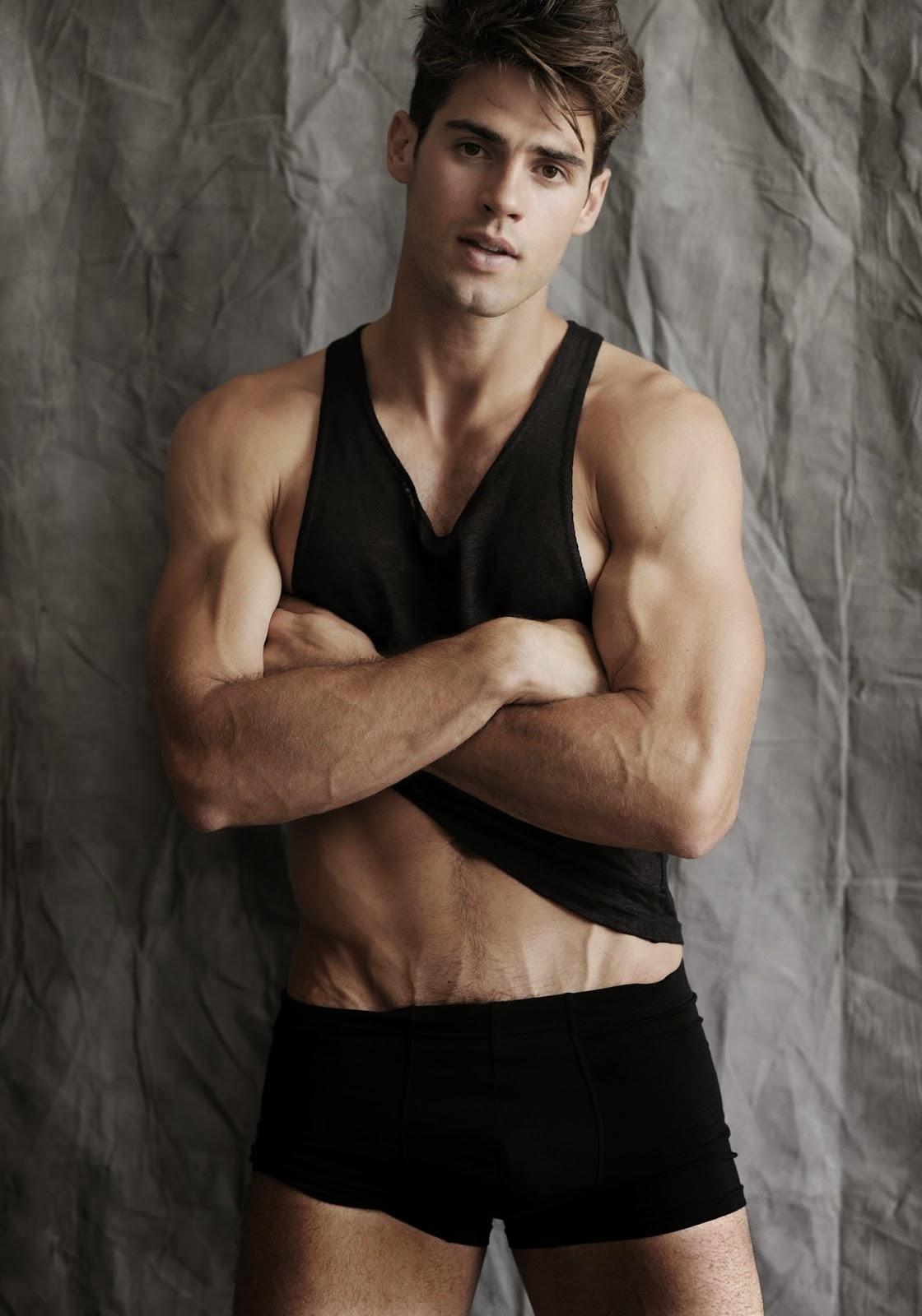 Chad White by Photographer Fabian Morassut – Fashionably Male