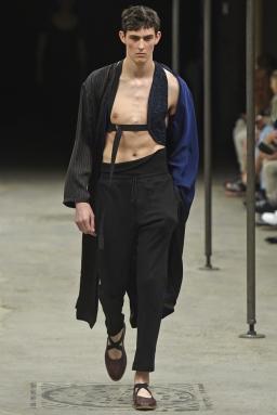 Dries-Van-Noten-Men-Spring-Summer-2015-Paris-Fashion-Week-Collection-001