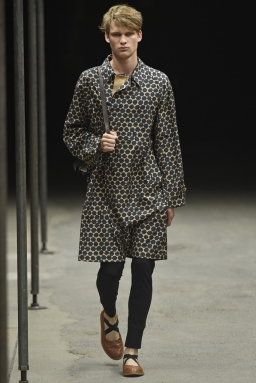 Dries-Van-Noten-Men-Spring-Summer-2015-Paris-Fashion-Week-Collection-010