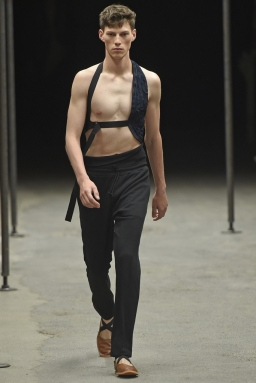 Dries-Van-Noten-Men-Spring-Summer-2015-Paris-Fashion-Week-Collection-012