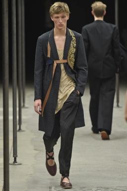 Dries-Van-Noten-Men-Spring-Summer-2015-Paris-Fashion-Week-Collection-013