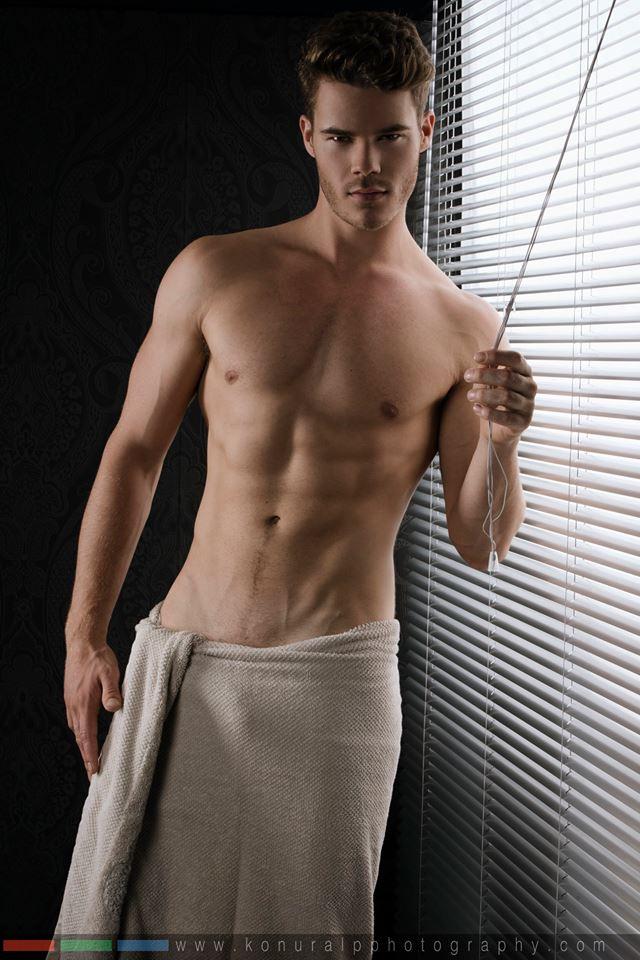 Naked male hot, mila kunis big tit morph