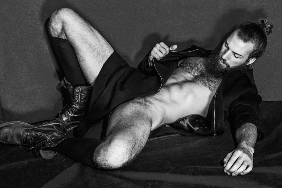 Phil Sullivan By Rodolfo Martinez  Fashionably Male-5657