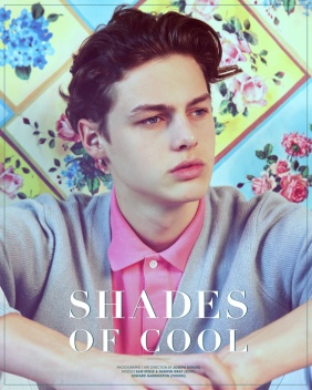 Now it is his turn to present the model with much promise in the fashion world, his name is Darwin Gray presented with this editorial called SHADES OF COOL where this guy is 6'2 and represented by Elite Milan. This guy is amazing.
