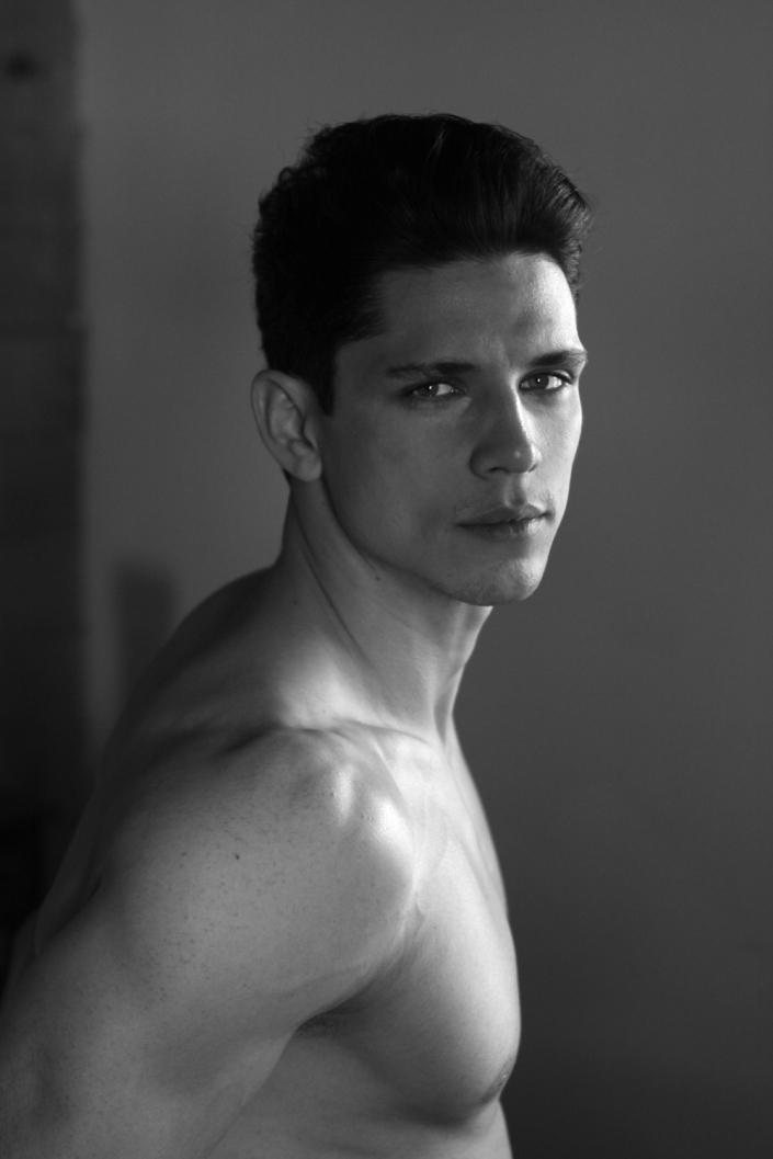 TARAS ROSOKHATYY BY KEVIN PINEDA PHOTOGRAPHY