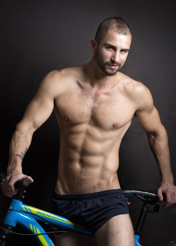 Good looking gay short muscular men hot guy
