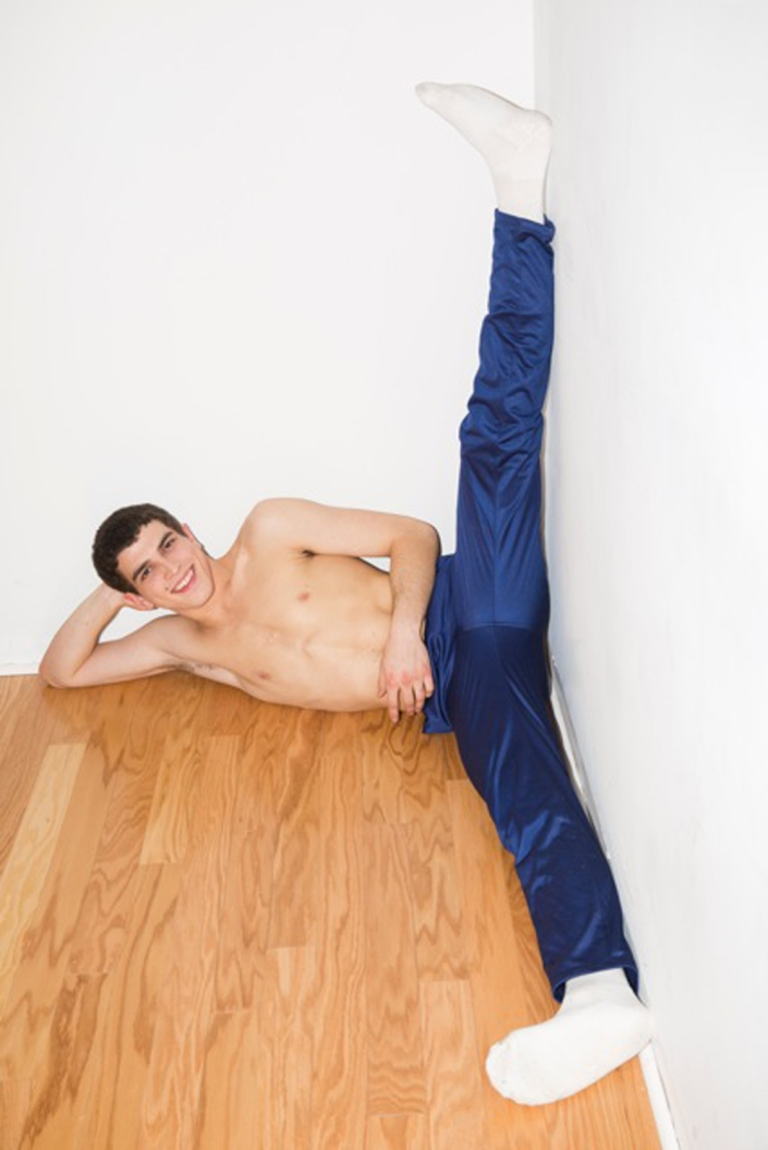 Stretching out with Jasper for American Apparel