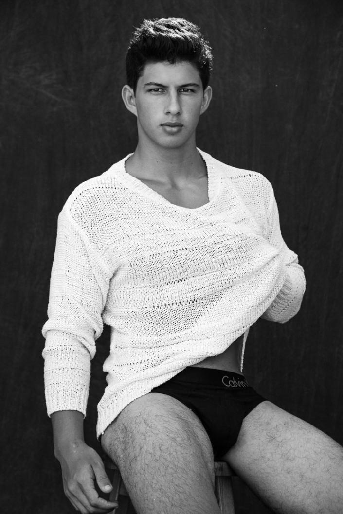 Introducing pretty boy, Marcio Almer, a striking new face at MG Produções, gets a digital portfolio by talented Jeff Segenreich.