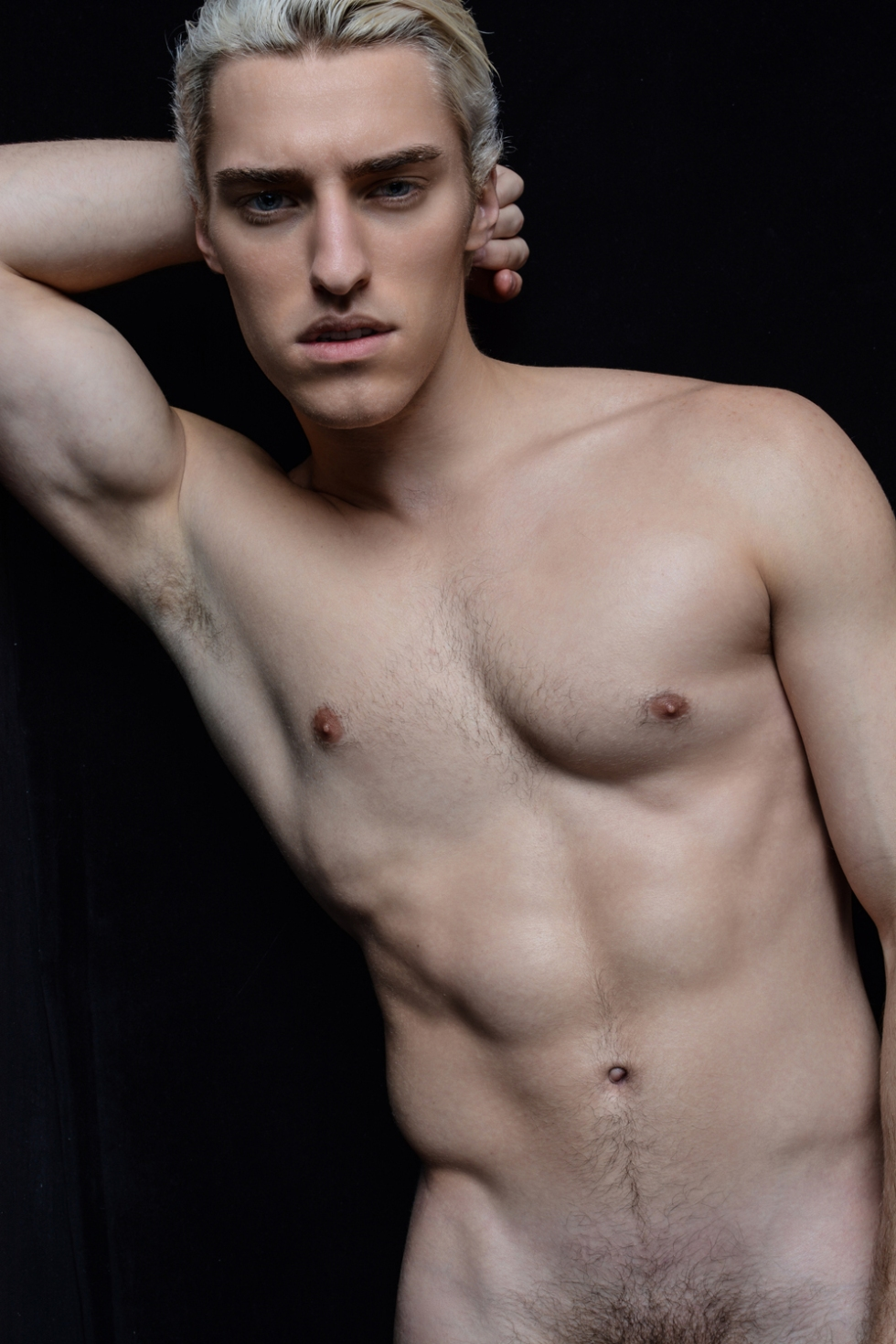 Introducing the new muse by lensman Calvin Brockington, he's Ryan Pearce a lovely charming young boy with 19yo. Exposing also at ComeToIsland. Feeling motivated this Monday!
