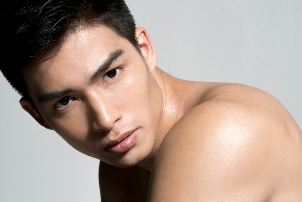Prolific photographer Juliana Soo is sharing her underwear series with Daniel an upcoming model from Upfront models. Make up stylist by Kai Yeo Zhen Hao.