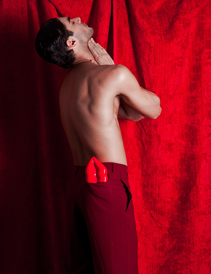 Beautiful set production and a really nice session this is the work of photographer and styling Rxandy Capinpin with male model Lucas Alves from Ideal People. Styling associate by Paris De Las Alas and photography associate by Christina Zabat.