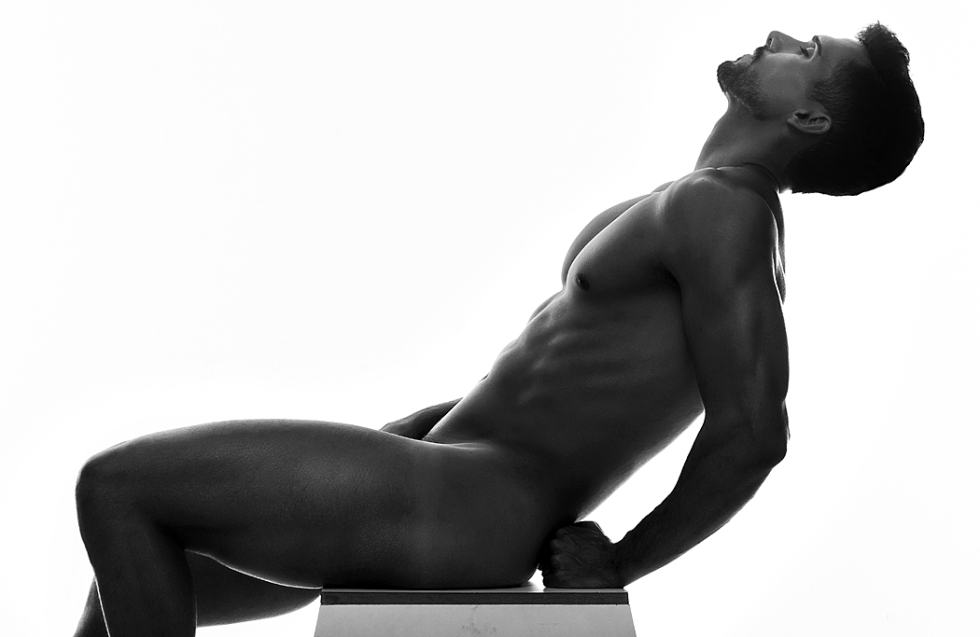 Come to meet new Brazilian sexy male model Jair Netto in a photography by Thiago Lanham