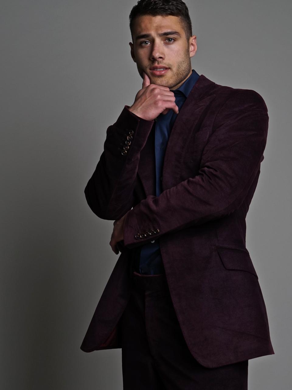 A Fashionably Quinton Wynn Shot By Kj Heath  Fashionably Male-5983