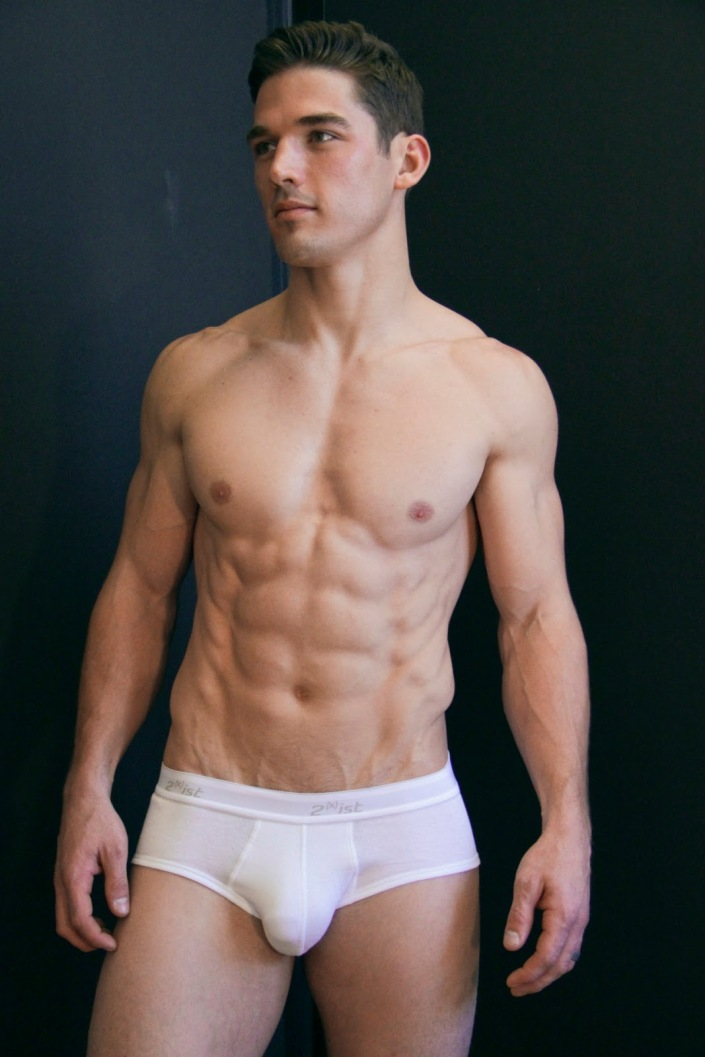A Much Leaner Kerry Degman Stops By The Studio Of