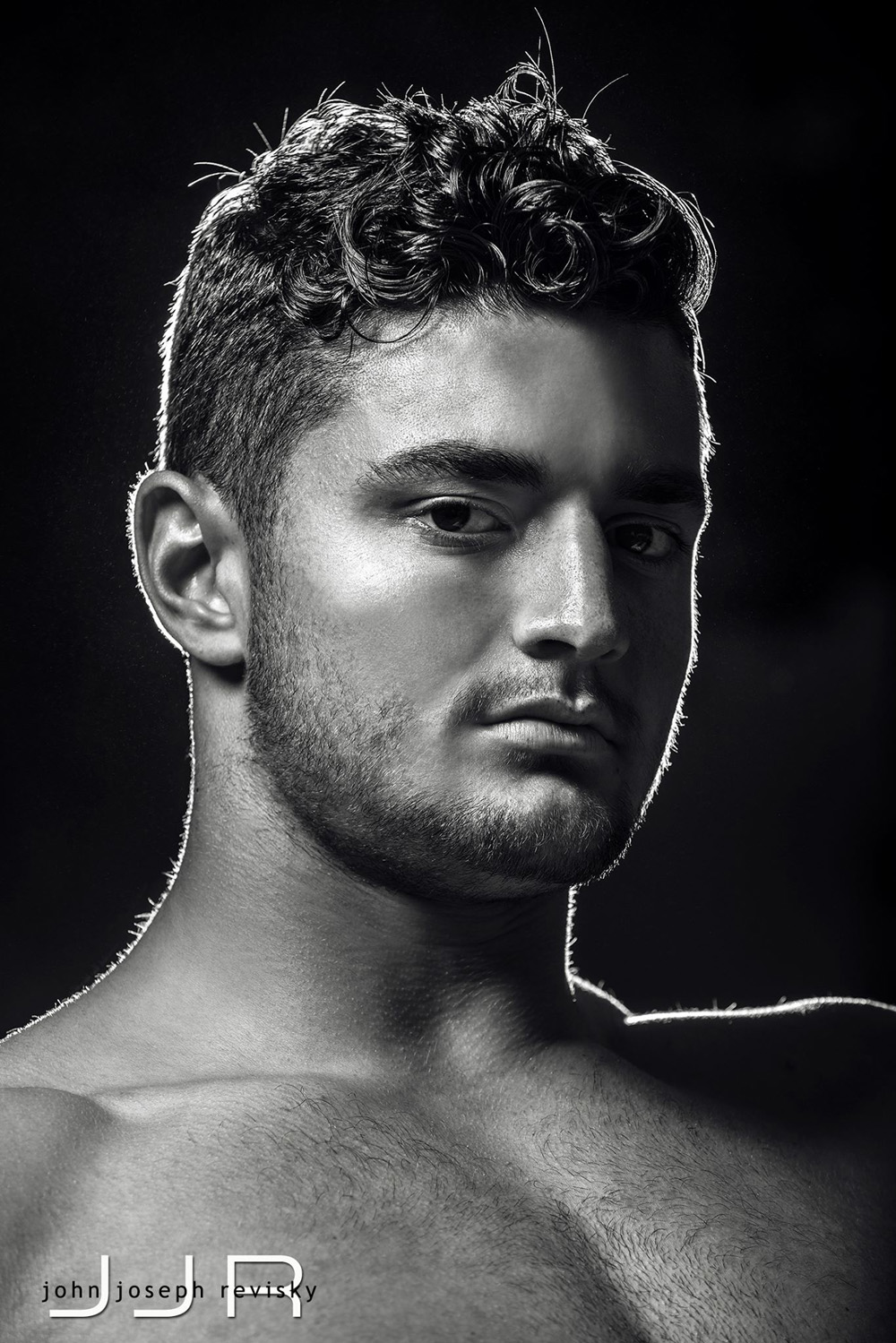 Tight end Ryan Hintze is prepared to tackle not only blitzing linebackers, but also the modeling industry.