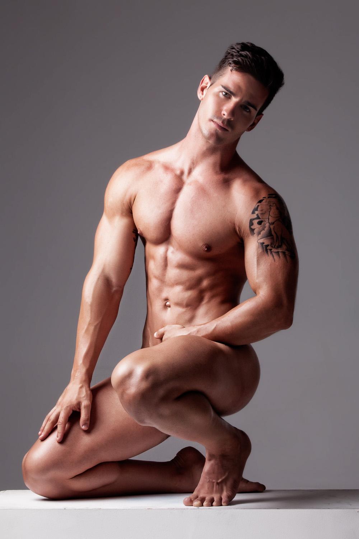 Previews of nude men