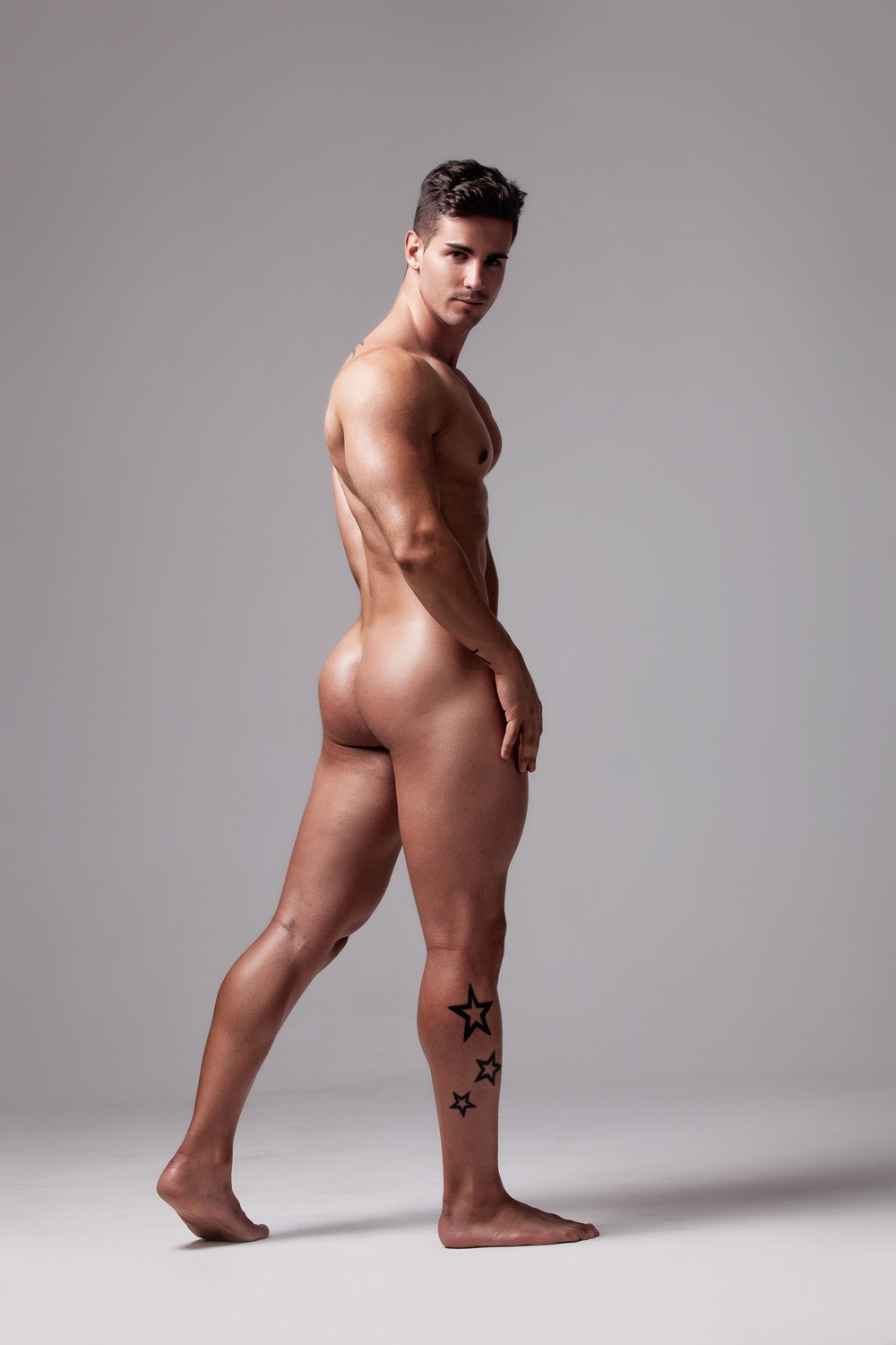 Spanish Provocateur Alex Bueno Bares All For Fashionably -7147