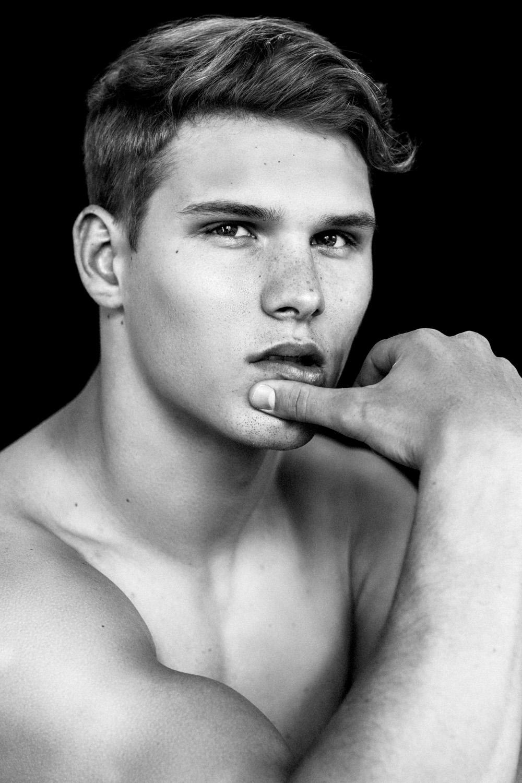 Model: Austin Scoggin