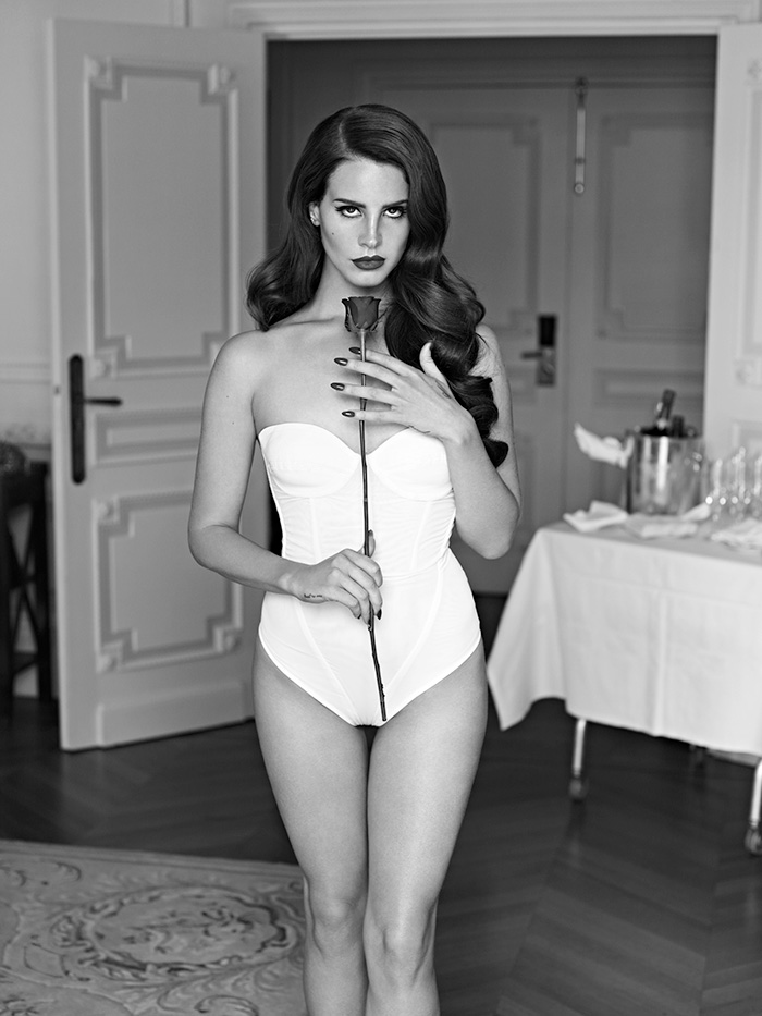 Portraits Nudes Flowers by Mariano Vivanco (31)