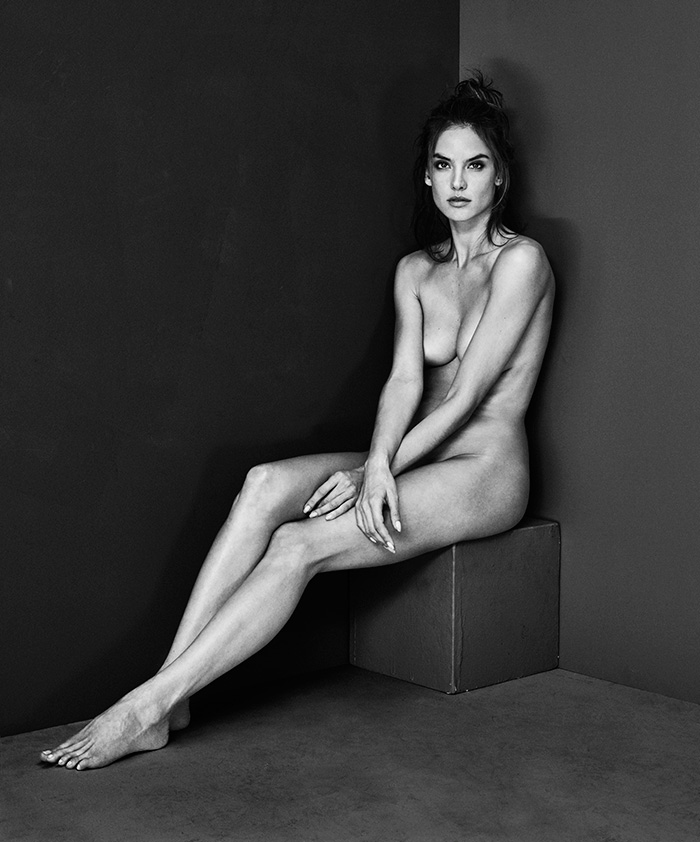 Portraits Nudes Flowers by Mariano Vivanco (37)