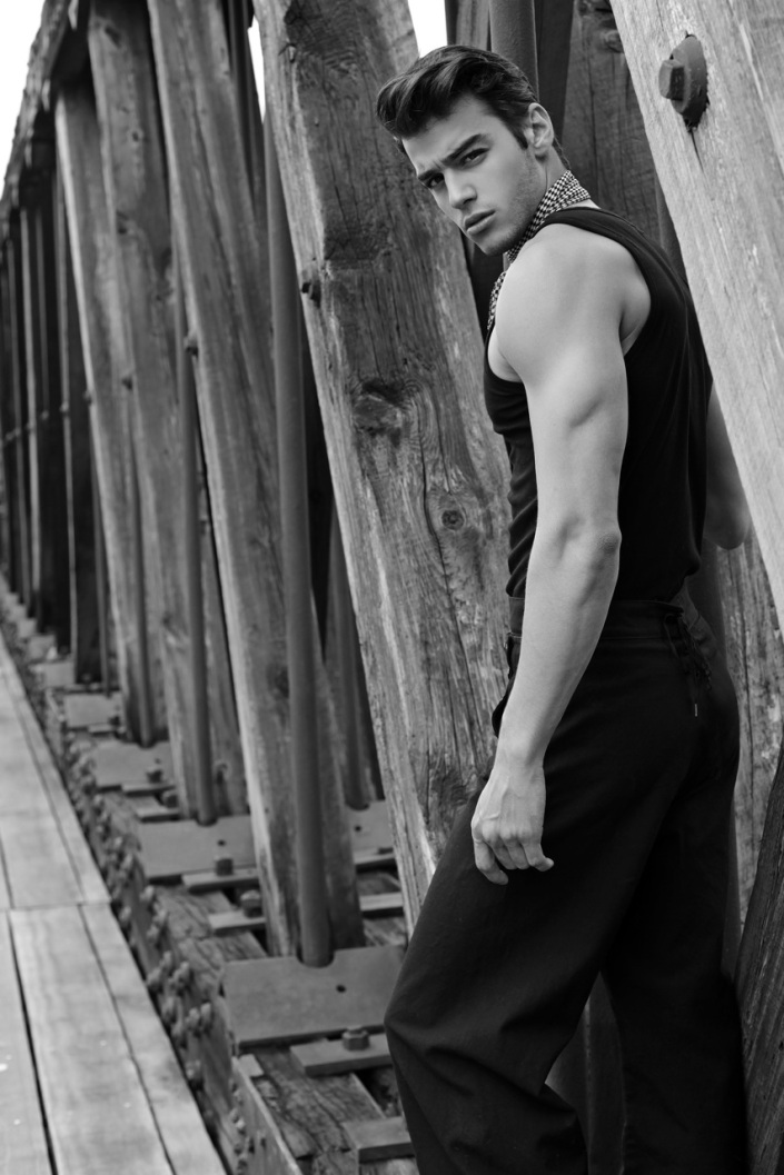 Scott Gardner by Thomas Synnamon
