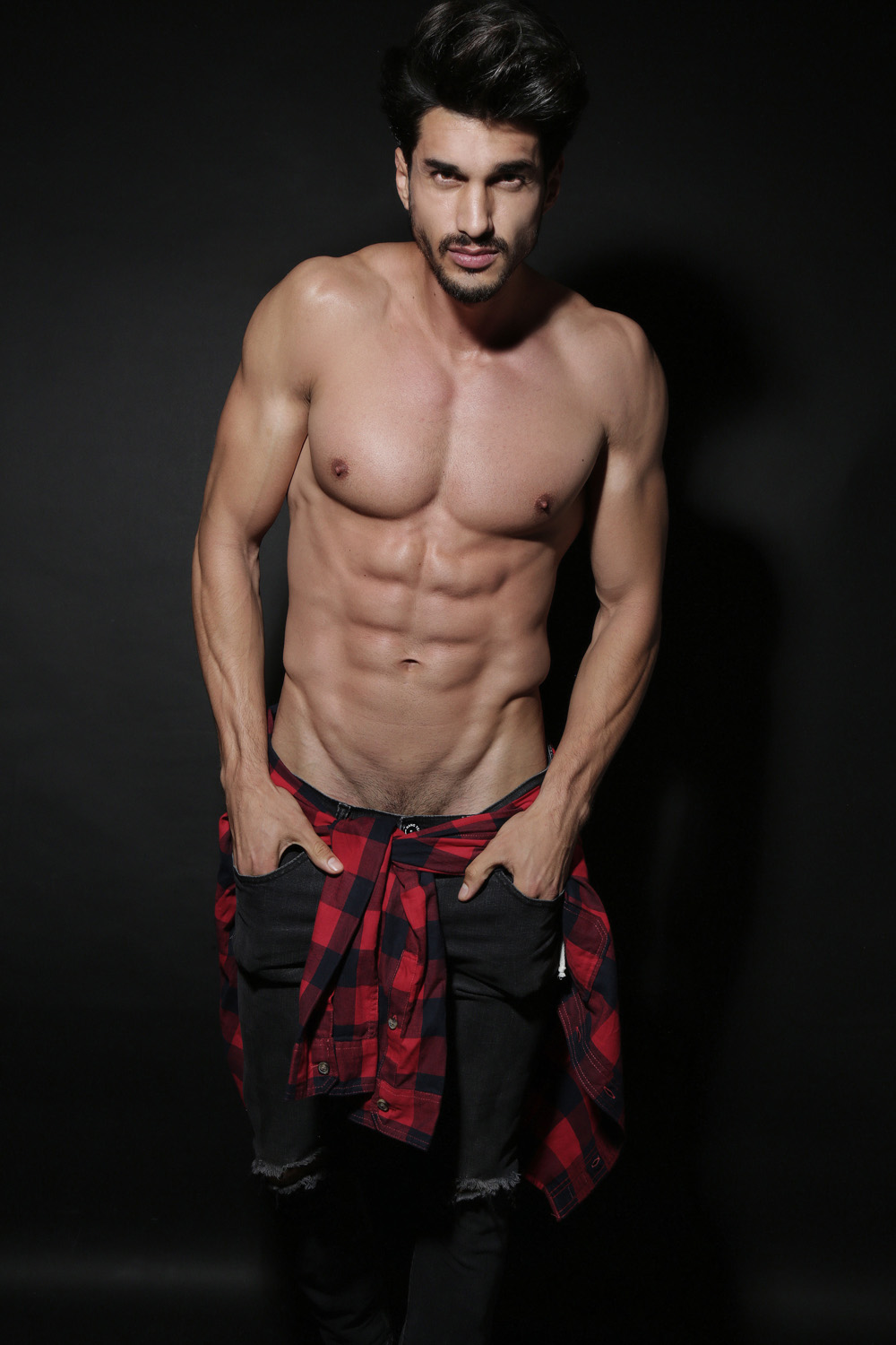 Let's get into Weekend's Mood: Diego Garcy by Afif Kattan