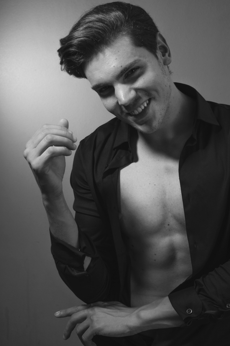 Take a look of another side of Nino Ceperkovic by Waleed Shah