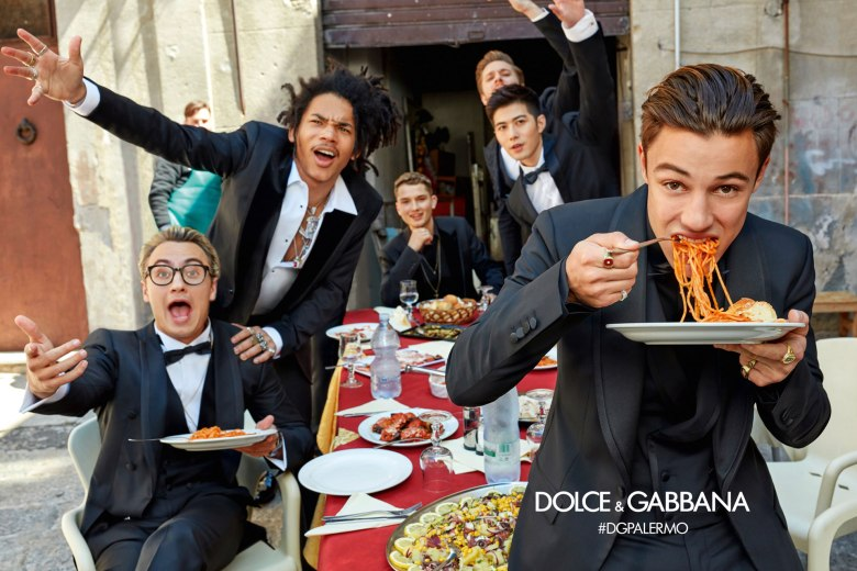 DOLCE AND GABBANA AW17 CAMPAIGN11