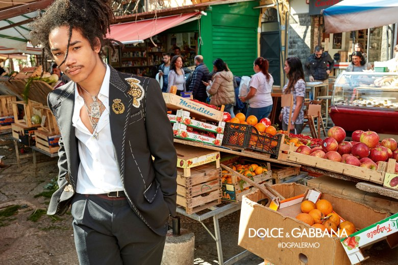 DOLCE AND GABBANA AW17 CAMPAIGN2