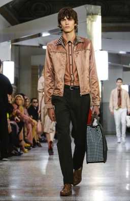 BOTTEGA VENETA READY TO WEAR SPRING SUMMER 2018 MILAN10