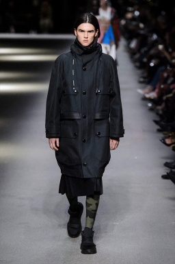 BURBERRY MEN FALL WINTER 2018 LONDON2